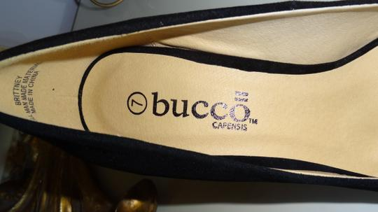 Bucco Classy Faux Suede Gold Toe Pointy Toe Black Pumps
