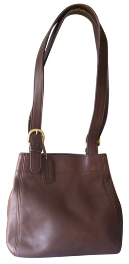 Preload https://item4.tradesy.com/images/coach-soho-buckle-vintage-4157-brown-leather-shoulder-bag-6175108-0-0.jpg?width=440&height=440