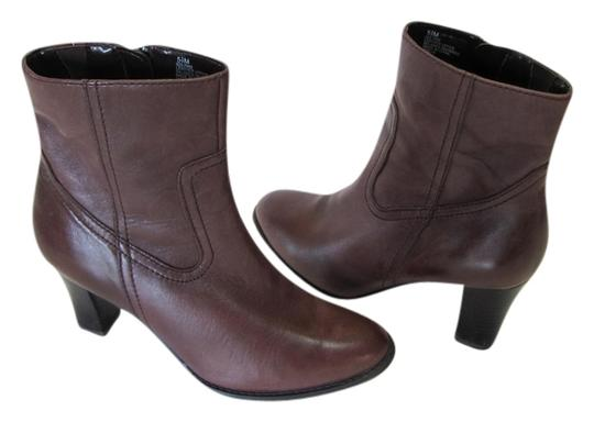 a.n.a. a new approach Excellent Condition Leather Size 5.50 Brown Boots