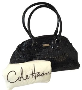 Cole Haan Duster Patent Alligator Crocodile Leather Patent Leather Shoulder Bag