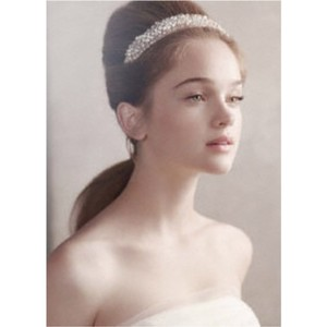 White By Vera Wang Bridal Jewelry Accessories Used White By Vera Wang Bridal Jewelry Accessories Tradesy Weddings