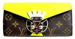 Louis Vuitton Mint Authentic Louis Vuitton Limited Edition Monogram Tribal Mask Sarah Long Wallet