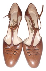 Salvatore Ferragamo Size 7 1/2 Formal High Heels brown Pumps