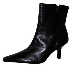 Gianni Bini Leather Ankle black Boots