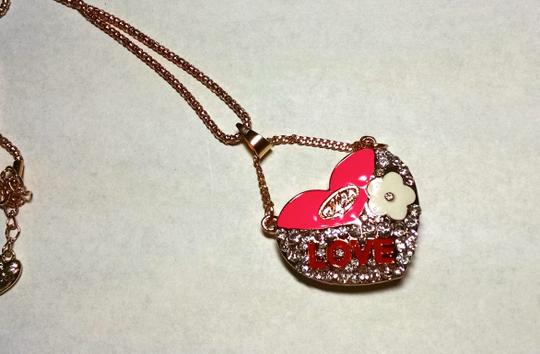 Betsey Johnson Betsey Johnson Love Heart Necklace New 28 in. Long J1288