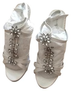 Allure Bridal Shoes Diamond White Platforms
