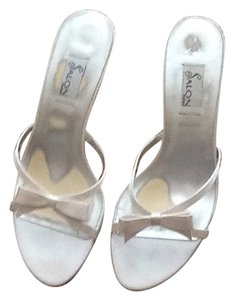 Salon Shoes White silk Mules