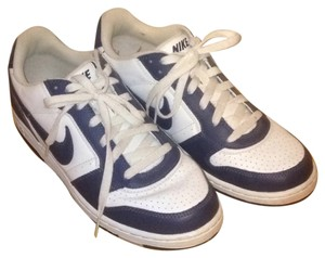 Nike Sneakers Sneakers Navy and White Athletic