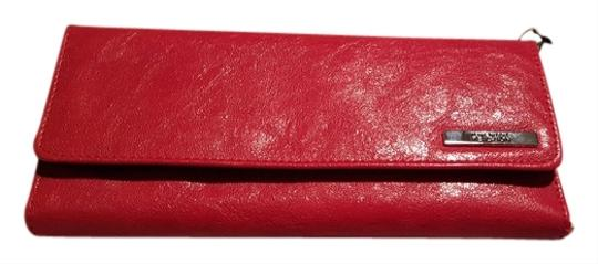Preload https://item3.tradesy.com/images/kenneth-cole-kenneth-cole-wallet-6192532-0-0.jpg?width=440&height=440