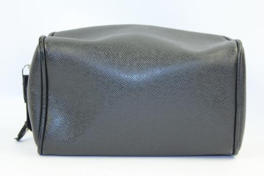 Louis Vuitton [GLOBAL] Black Taiga Leather Trousse Cosmetic Pouch LVTL110