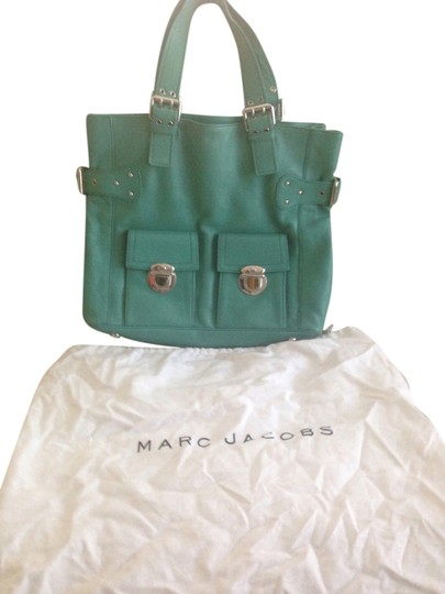 Preload https://item2.tradesy.com/images/marc-jacobs-large-shopper-mint-leather-tote-6195601-0-0.jpg?width=440&height=440