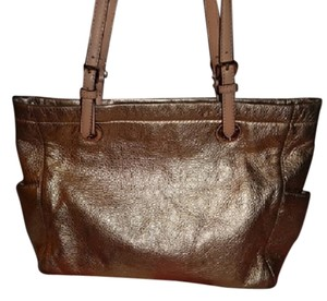 Michael Kors Leather Hangbag Metallic Leather Tote in Gold