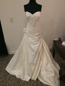 Paloma Blanca Ivory Silk Dupioni 4461 Formal Wedding Dress Size 14 (L)