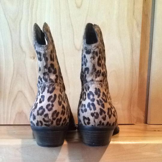 Nicole New Tan Cheetah Boots