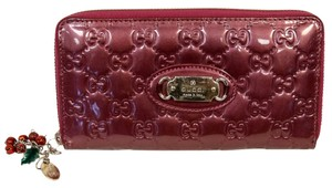 Gucci Gucci Emily Charm Zip Around Wallet Patent Leather GG Charm