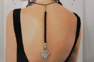 Women Back Pendant Necklace Silver Metal Chain Fashion Jewelry Flower Black Bead