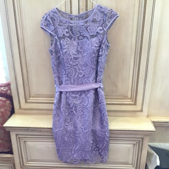 Item - Lilac/ Purple Lace / Polyester Bridesmaid/Mob Dress Size 6 (S)