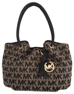 Michael Kors Nwt Shoulder Bag