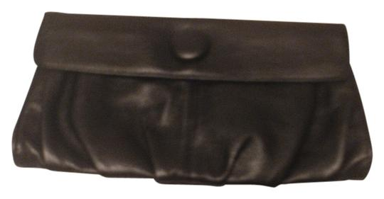 Preload https://item4.tradesy.com/images/h-and-m-h-and-m-purse-black-leather-clutch-6205168-0-0.jpg?width=440&height=440
