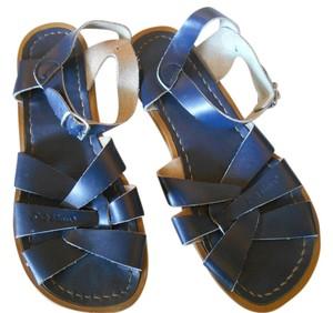 Salt Water Leather Flats Navy Sandals