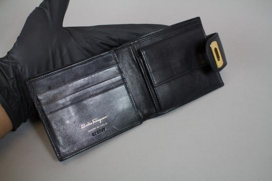 Salvatore Ferragamo *Salvatore Ferragamo Classic Leather Bifold Wallet - Black