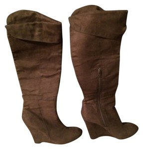 Paprika Brown Boots