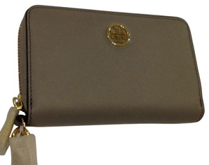 Tory Burch Smartphone Wallet Wristlet Robinson Leather