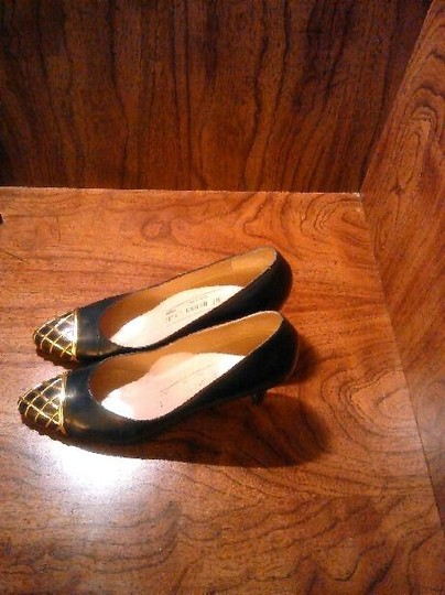 Bruno Magli Navy Pumps