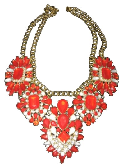 Preload https://item5.tradesy.com/images/red-necklace-6220879-0-4.jpg?width=440&height=440