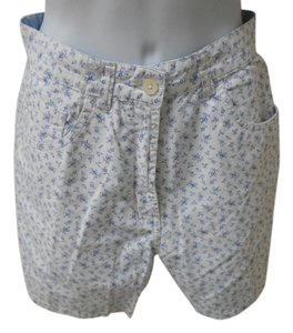 Tommy Hilfiger 8 Medium Bermuda Modest Summe Floral Bitty Flowers Tiny Flowers Classic Preppy Traditional Conservative Summer Warm Shorts White and Blue