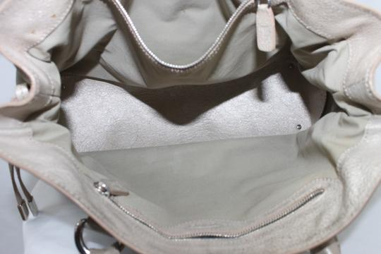 Tod's Leather Tote in METALLIC LIGHT PINK