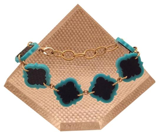 Preload https://img-static.tradesy.com/item/6222268/turquoise-navy-gold-bracelet-0-0-540-540.jpg