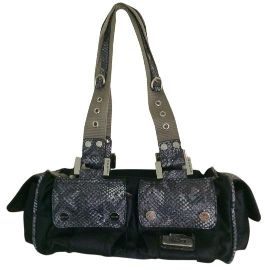 Preload https://img-static.tradesy.com/item/6222427/guess-purse-print-reptile-cargo-pockets-double-black-with-faux-snake-skin-satin-canvas-straps-should-0-0-540-540.jpg