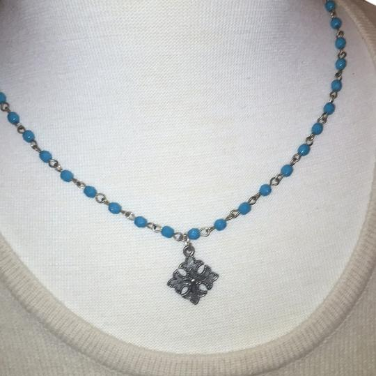Preload https://item3.tradesy.com/images/turquoise-and-silver-necklace-6224002-0-0.jpg?width=440&height=440