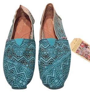 TOMS Blue (Dip Dyed) Flats