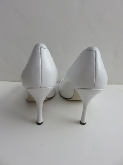 Enzo Angiolini Leather Size 8 Heels White Pumps