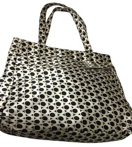 Murval Satchel in Black and white