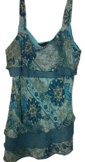 Preload https://item2.tradesy.com/images/new-york-and-company-turquoise-light-green-gold-sparkle-tank-topcami-size-20-plus-1x-6231-0-0.jpg?width=400&height=650