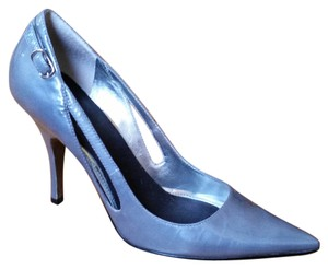 Marc Fisher Patent Leather gray Pumps