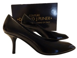 Donald J. Pliner Couture Open Toe Made In Italy Size 5 black Formal