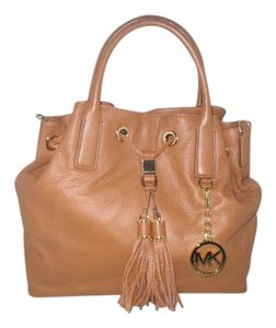 Michael Kors Satchel in Brown ( Luggage )