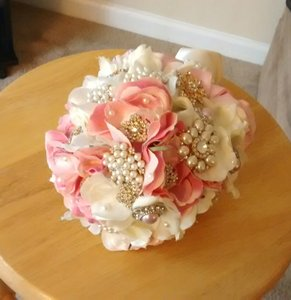 Beautiful Pink And Ivory Brooch Bouquet