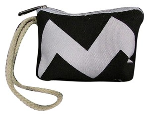 Women Fashion Mini Purse Wristlet in Black / Pink