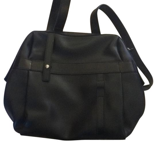 Preload https://img-static.tradesy.com/item/6237586/lancel-black-leather-with-shiny-patent-details-backpack-0-0-540-540.jpg