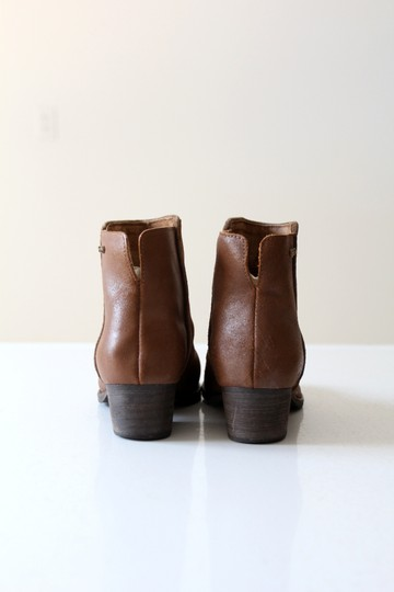 EMU Ankle Brown Boots