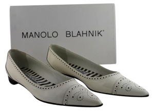 Manolo Blahnik Leather Oxford Size 37 White Patent Flats