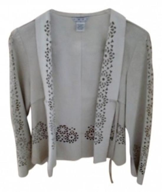 Preload https://img-static.tradesy.com/item/6240/cabi-oatmeal-leather-cutwork-top-tie-front-style-236-blazer-size-6-s-0-0-650-650.jpg