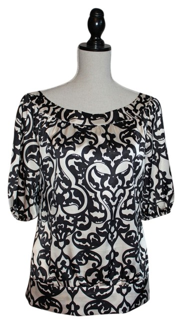 Preload https://img-static.tradesy.com/item/6246526/white-house-black-market-and-cream-banded-waist-blouse-size-6-s-0-0-650-650.jpg