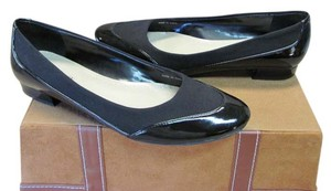 Ellen Tracy Good Condition Size 6.50 M Black Pumps