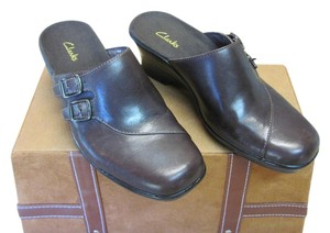 Clarks New Leather Size 6.00 M Excellent Condition Brown Mules